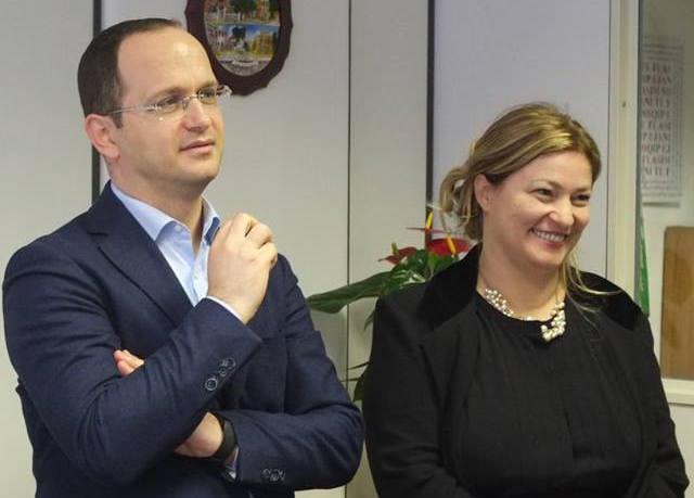 Ministri i Brendshërm Bushati e konsullja e Përgjithshme Çobanaj