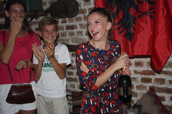 Luiza Gega në festën e organizuar nga Qytetarët për Parkun - Foto: Lindita Çela