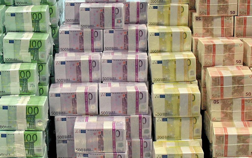 7 miliardë euro në 10 vjet, dërgesat e emigrantëve në Shqipëri