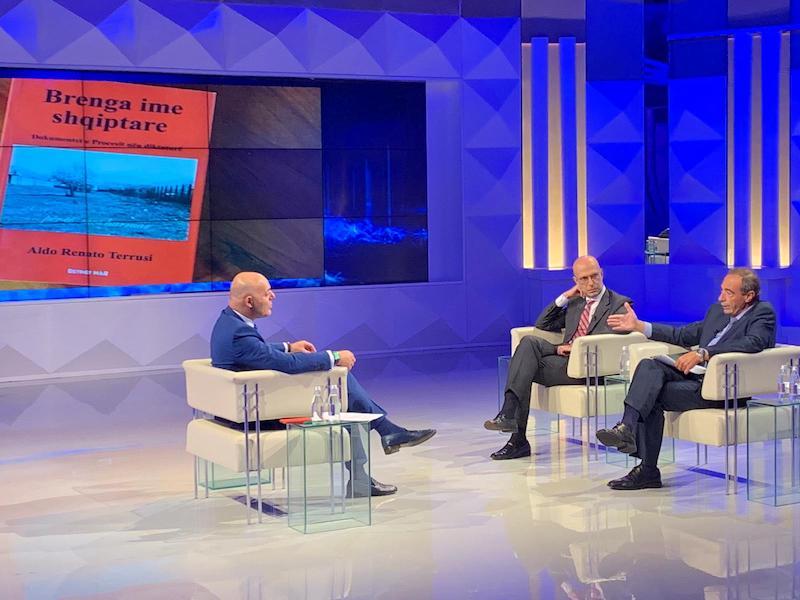 In studio di Opinion Aldo Renato Terrusi con  l'Ambasciatore italiano a Tirana Alberto Cutillo